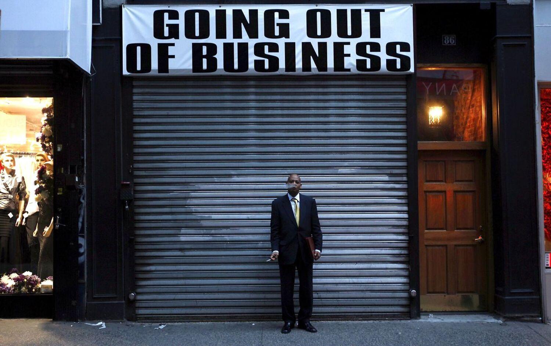 Finanskrisen fra efteråret 2008 ramte ikke bare Wall Street og finansinstittutterne hårdt. Snart bredte den økonomiske krise sig til andre dele af samfundet, og en stor gruppe mennesker følte sig forrådt af politikerne. EPA/HOW HWEE YOUNG